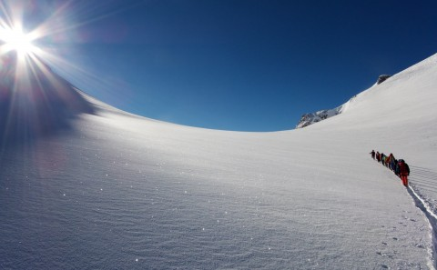 Approaching the Parrotspitze